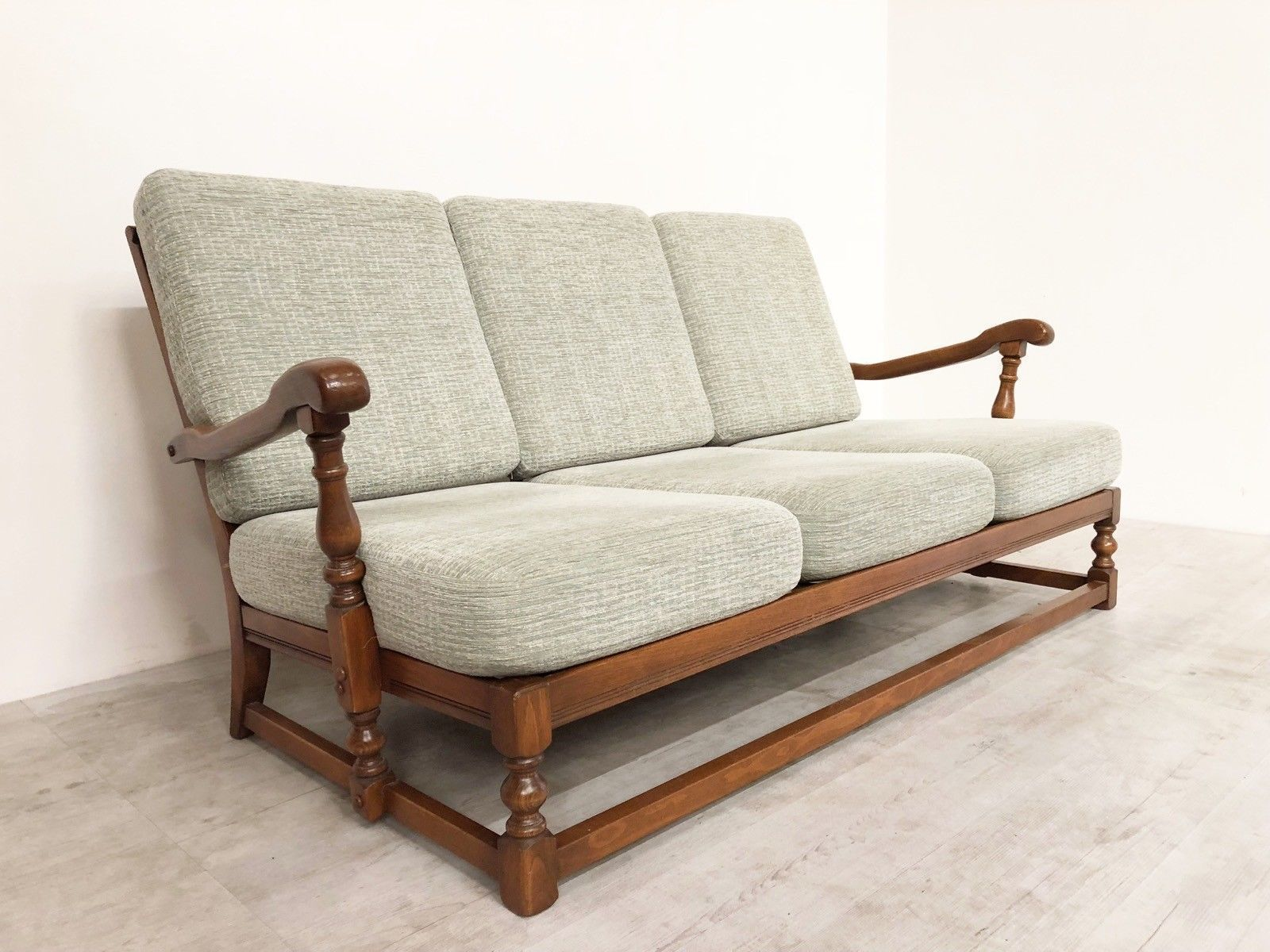 Marvelous Vintage Colonial Four Piece Suite Sofa Chairs Ibusinesslaw Wood Chair Design Ideas Ibusinesslaworg