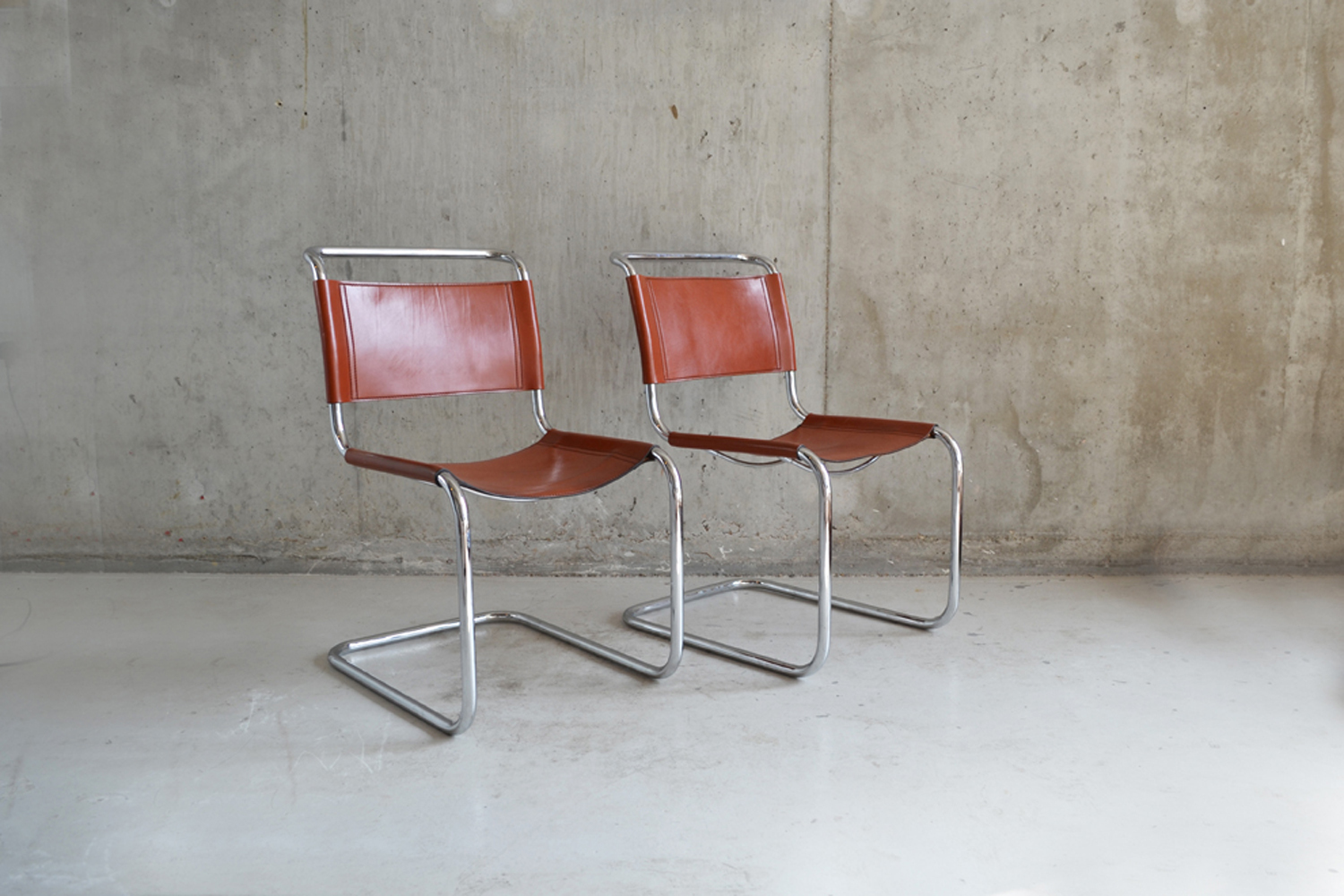 Admirable Pair Of Bauhaus Style 1970S Tan Leather Chairs Download Free Architecture Designs Rallybritishbridgeorg