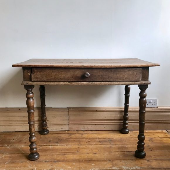 Farmhouse Table With Drawer