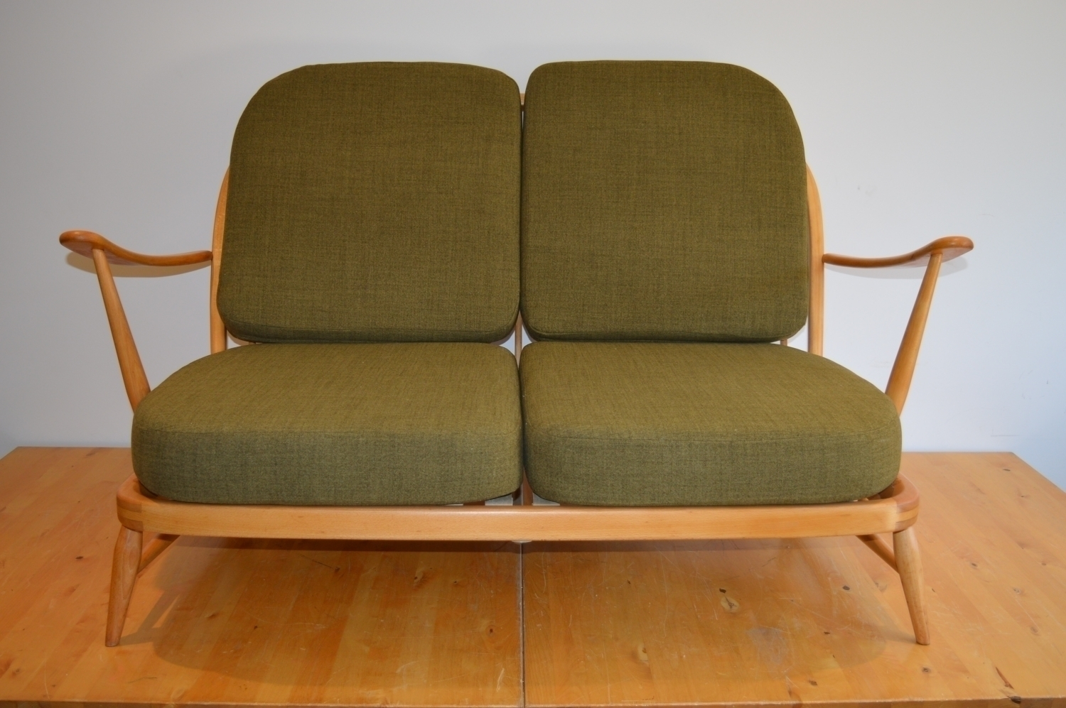 Vintage Ercol Windsor 2032 Seat Sofa In Soft Green
