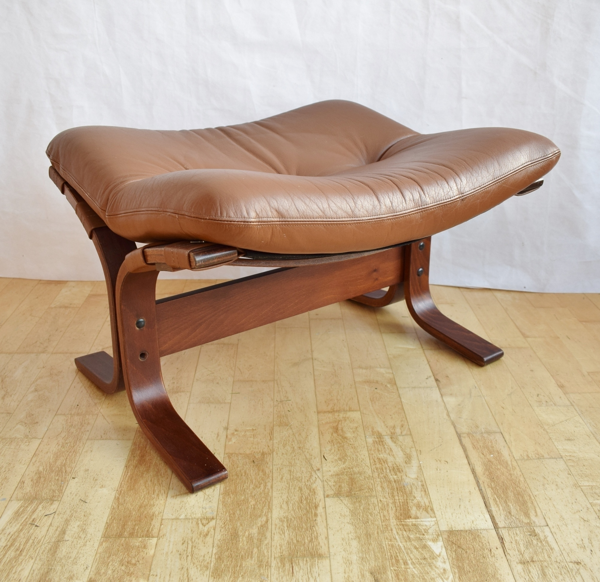 Cool Mid Century Retro Norwegian Westnofa Tan Leather Beech Foot Stool Ottoman 70S Gmtry Best Dining Table And Chair Ideas Images Gmtryco