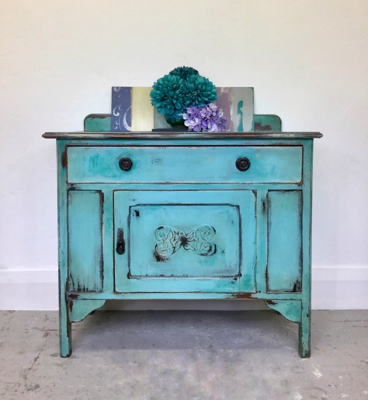 Outstanding Vintage Sideboard Hand Painted Cabinet Shabbychic Chalk Paint Furniture Download Free Architecture Designs Scobabritishbridgeorg