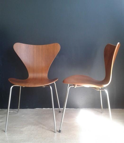 Arne Jacbosen For Fritz Hansen Series 7 Chairs Original Mid Century
