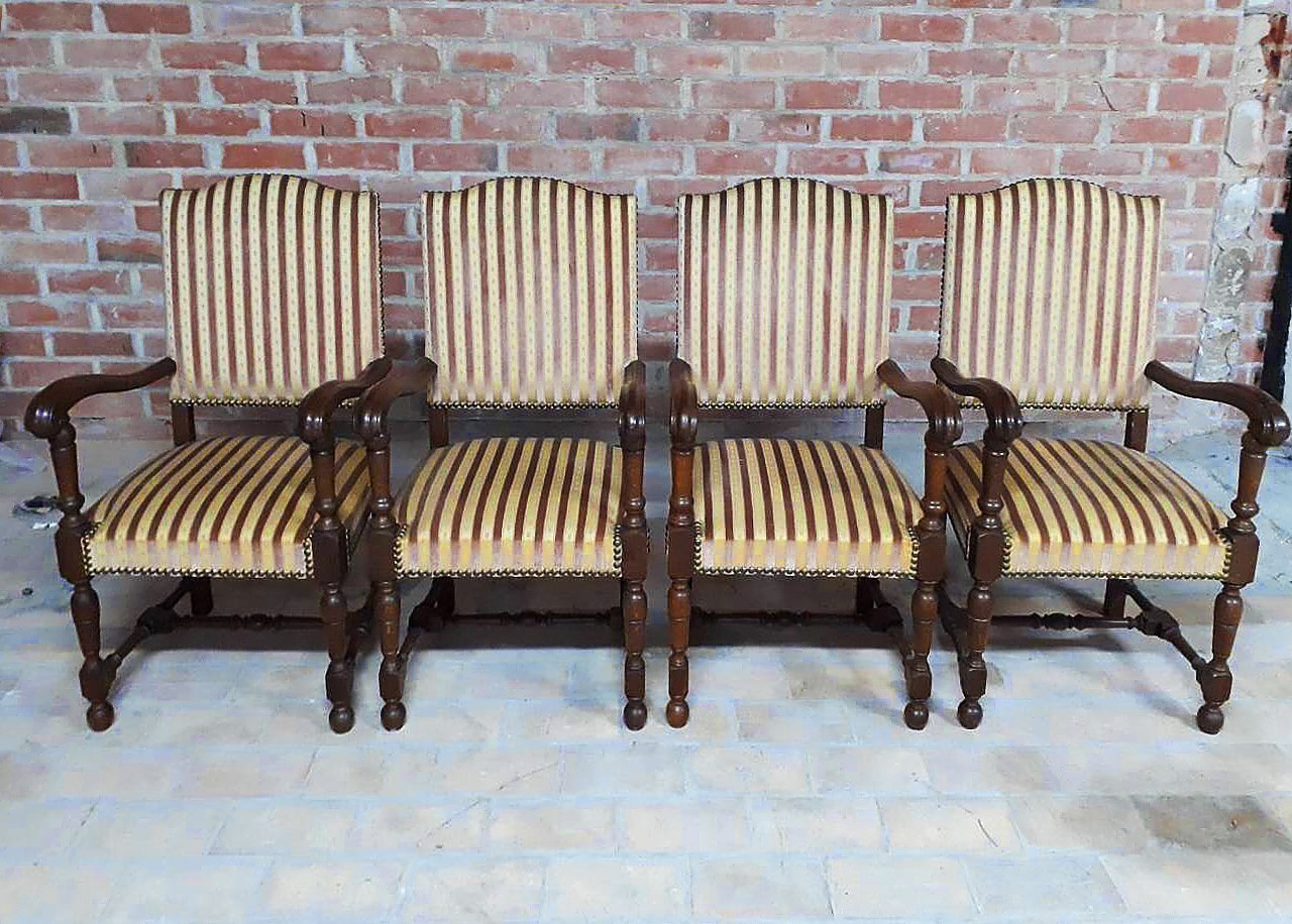 Set Vintage Fauteuils.Set Of Four French Louis Xiii Style Fauteuils Vintage Throne Armchairs