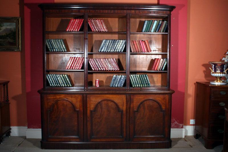 Antique Victorian Mahogany Open Bookcase C.1850