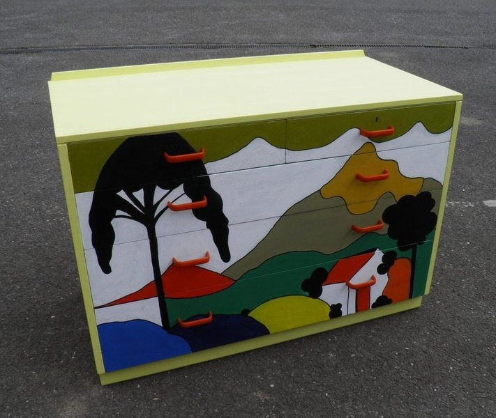 Retro Chest With Clarice Cliff Hand Painted Decoration