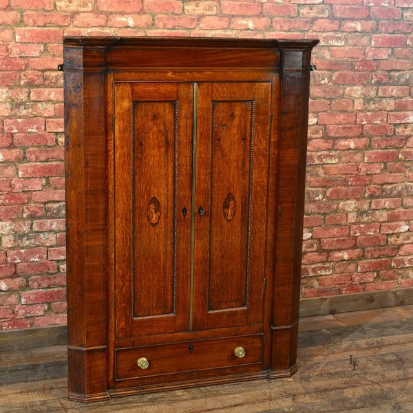 Georgian Corner Cupboard, C.1780