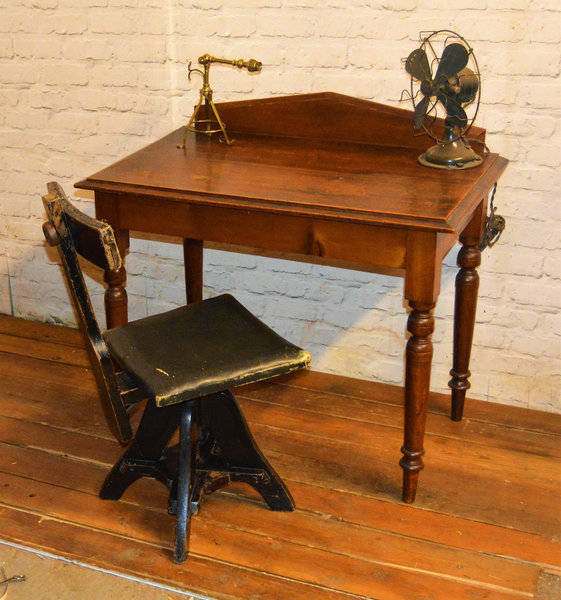 Antique Side Table Desk Vintage Rustic Farmhouse Industrial Office Victorian Console Writing Retro Wooden Old