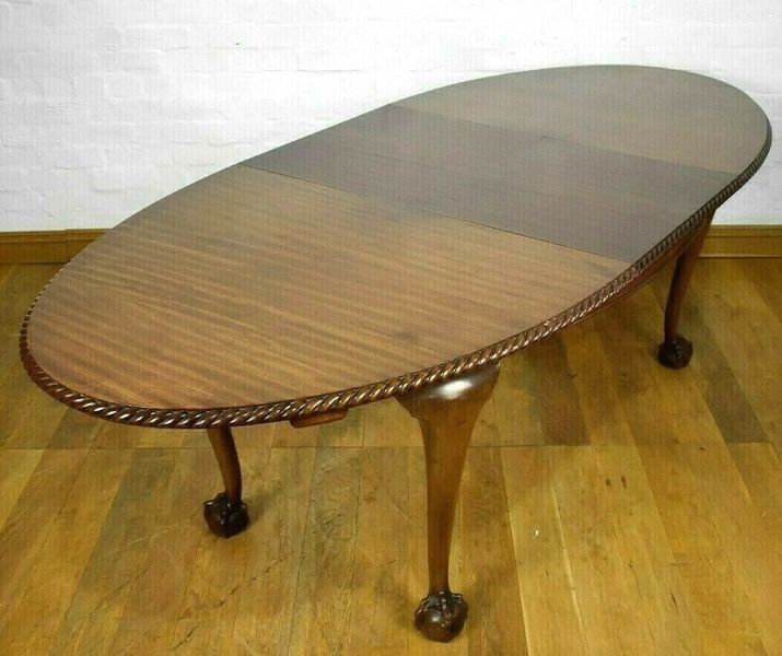 brand new f17db c73a3 Antique Mahogany 8 Seater Pull Out Extending Dining Table Claw And Ball Feet