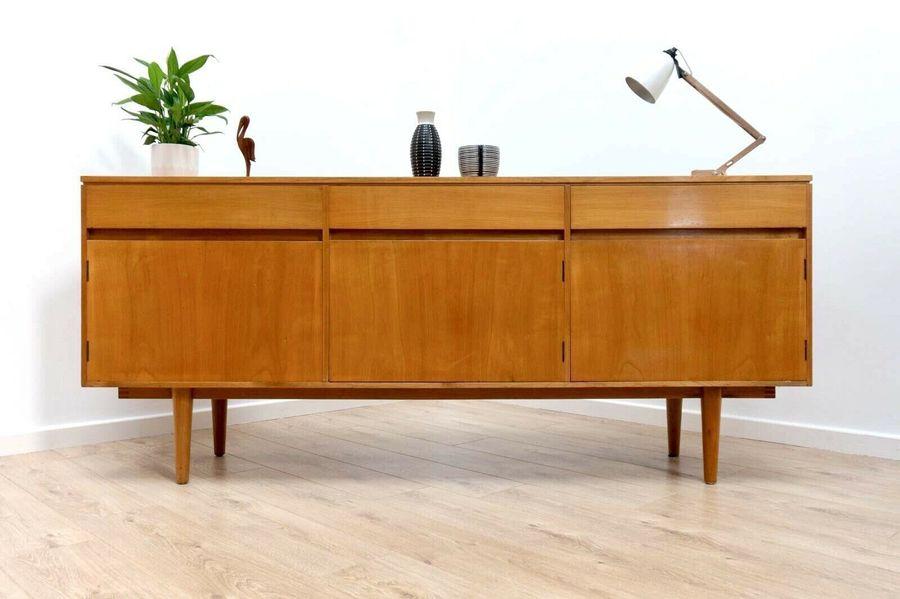 Credenza Peru : Rare mid century vintage maple sideboard credenza beresford