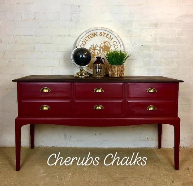 Awesome Stag Sideboard Console Table Painted In Cranberry Red Home Interior And Landscaping Dextoversignezvosmurscom