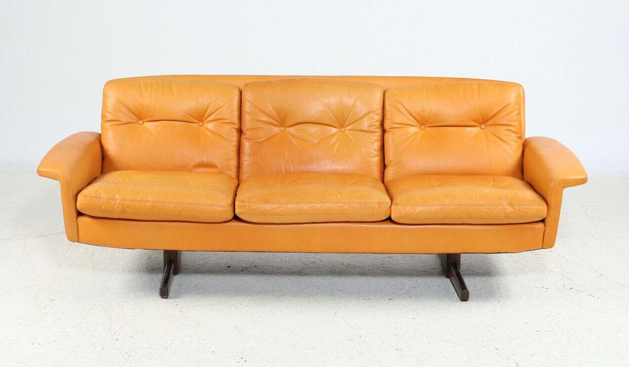 Mid Century Modern Danish Vatne Leather Sofa With Rosewood Shaker