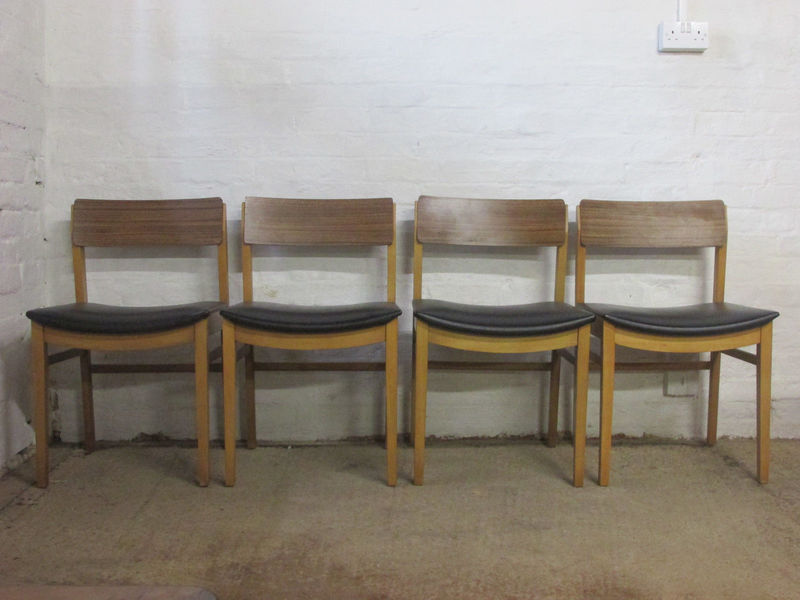 Retro 1950s 1960s Beautility Wood Laminate And Black Vinyl Four Dining Chairs Beautility Vinterior