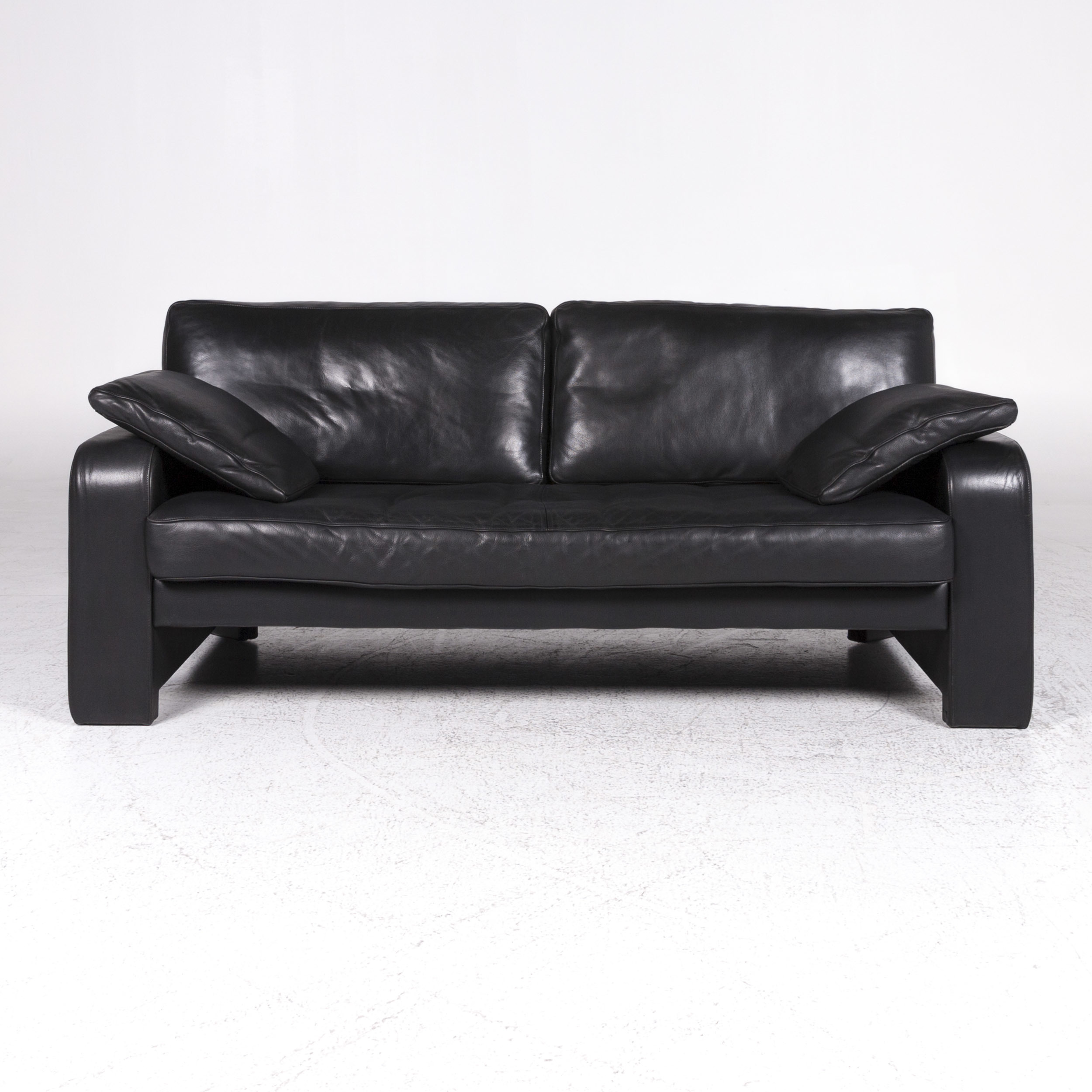 Zuco Designer Leather Sofa Black Two Seater Couch 9437 Zuco