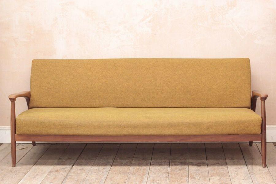 Large Vintage Retro Mid Century Modern Teak Daybed Sofa