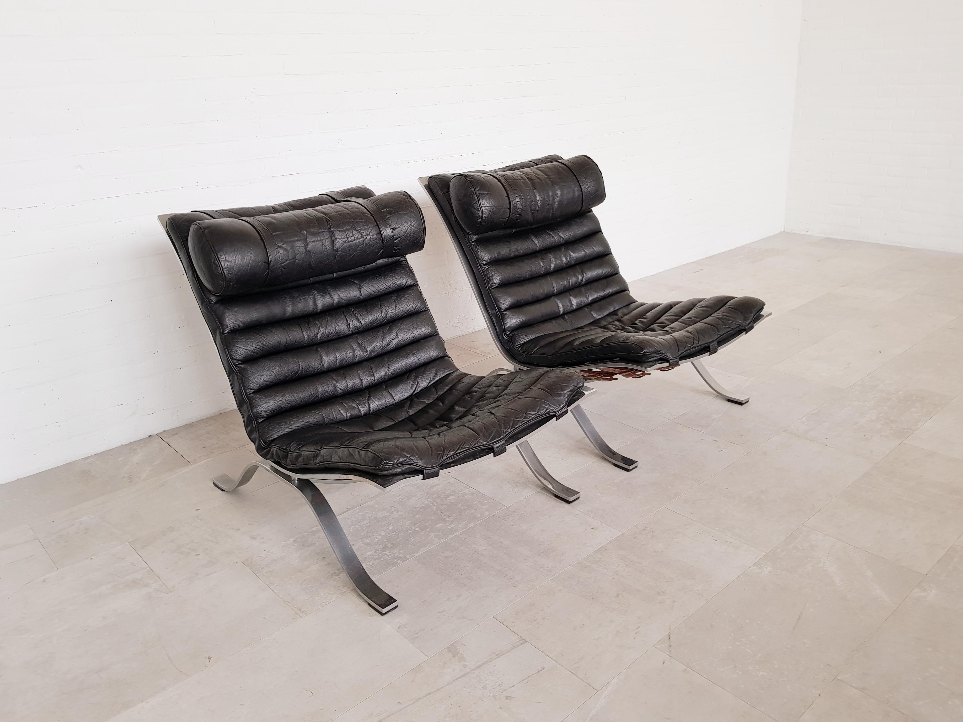 Terrific Arne Norell Ari Easy Chairs In Black Leather 1960S Inzonedesignstudio Interior Chair Design Inzonedesignstudiocom