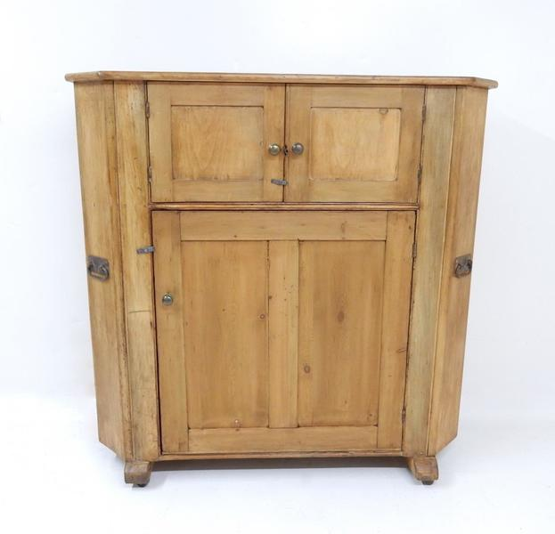 Large Pine Antique Huffer Cupboard