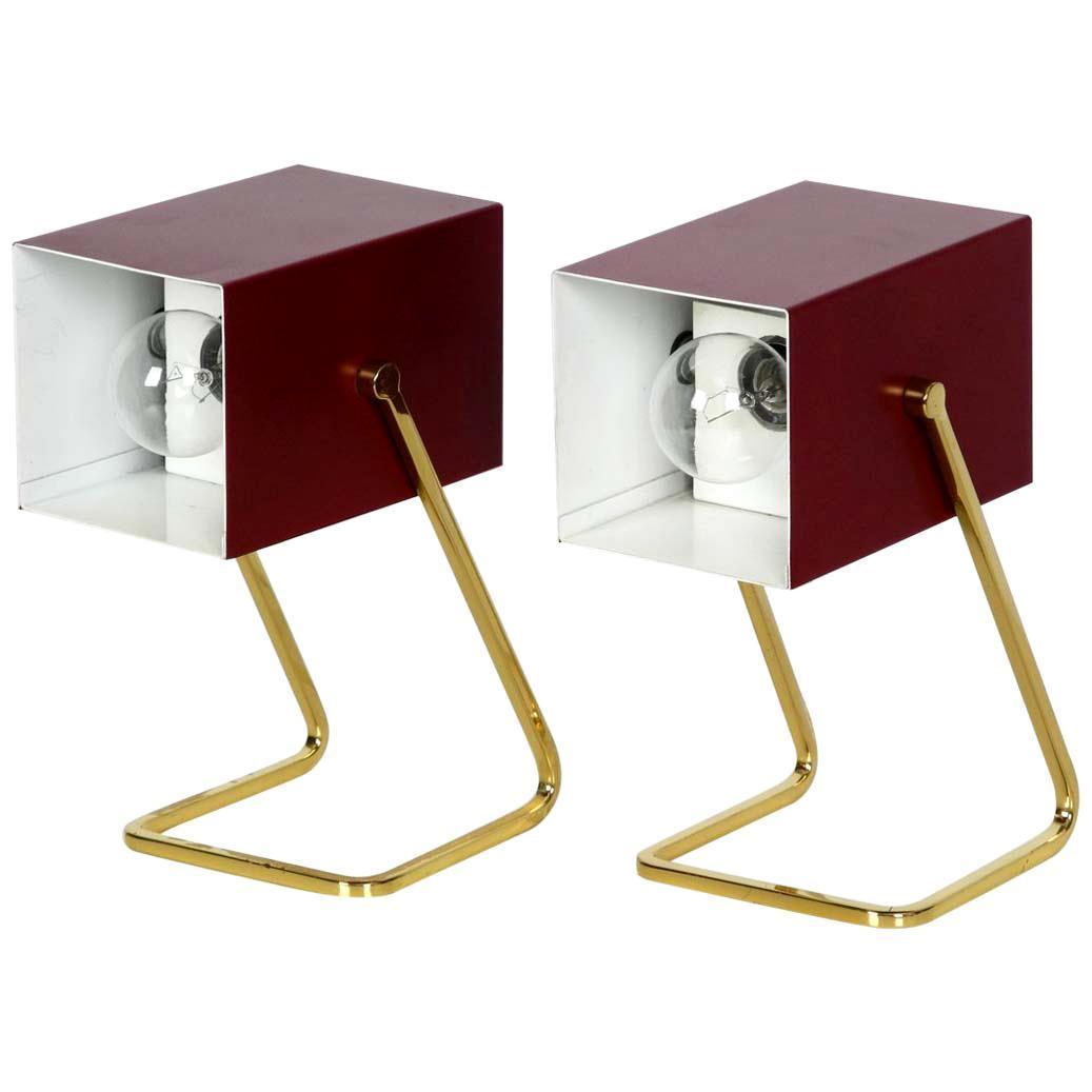 Pair Of Exceptional Kaiser Mid Century Modern Bedside Lamps With Brass Feet