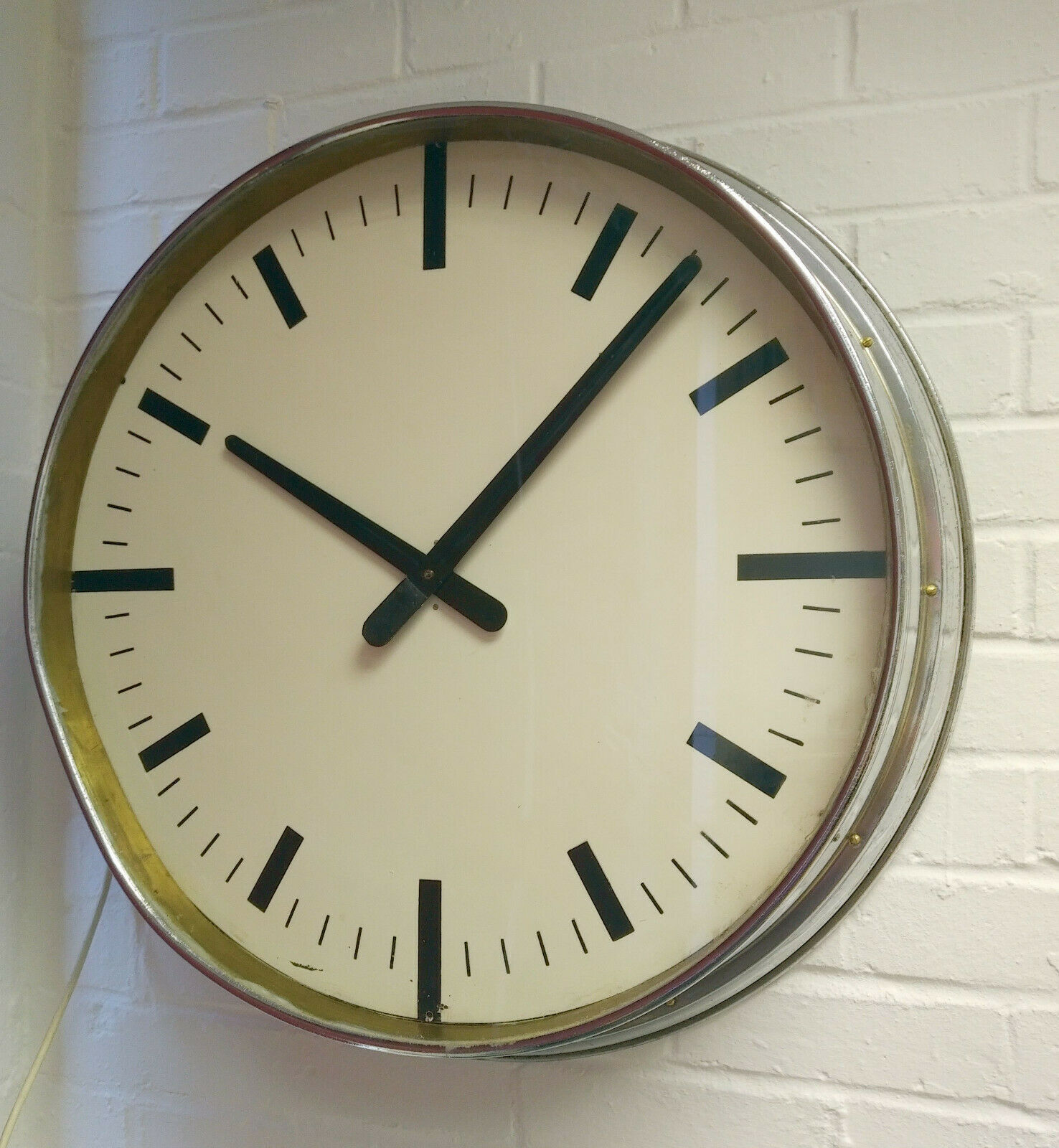 Vintage 1940s Extra Large 24 White Chrome Wall Clock Electric Fwo