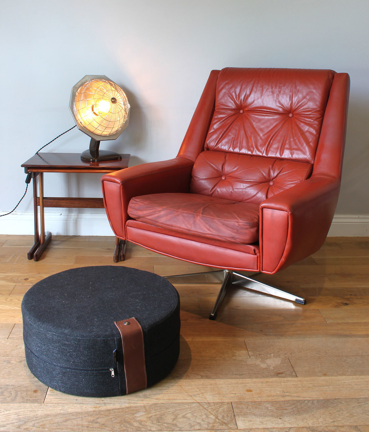Sensational Original Danish Midcentury 1970S Red Brown Leather Swivel Chair Creativecarmelina Interior Chair Design Creativecarmelinacom