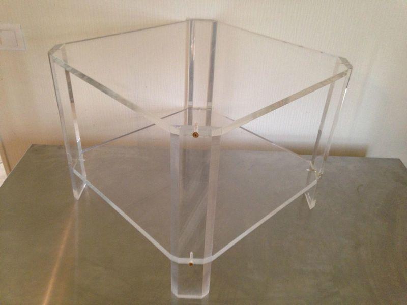 Lange Smalle Sidetable.Plexiglass Coffee Table From David Lange 1970s