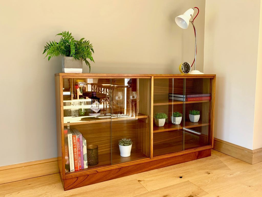 Vintage Mid Century Low Glazed Bookcase Unit In Teak