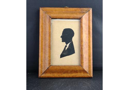 Antique Burr Walnut Frame With Edwardian Silhouette