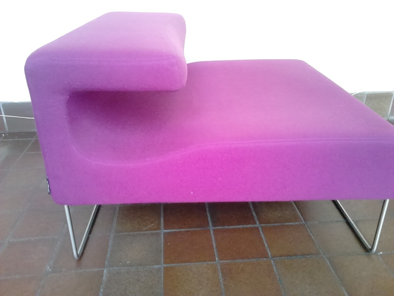 Moroso Low Lounge Chaise Chair By Patricia Urquiola In Purple