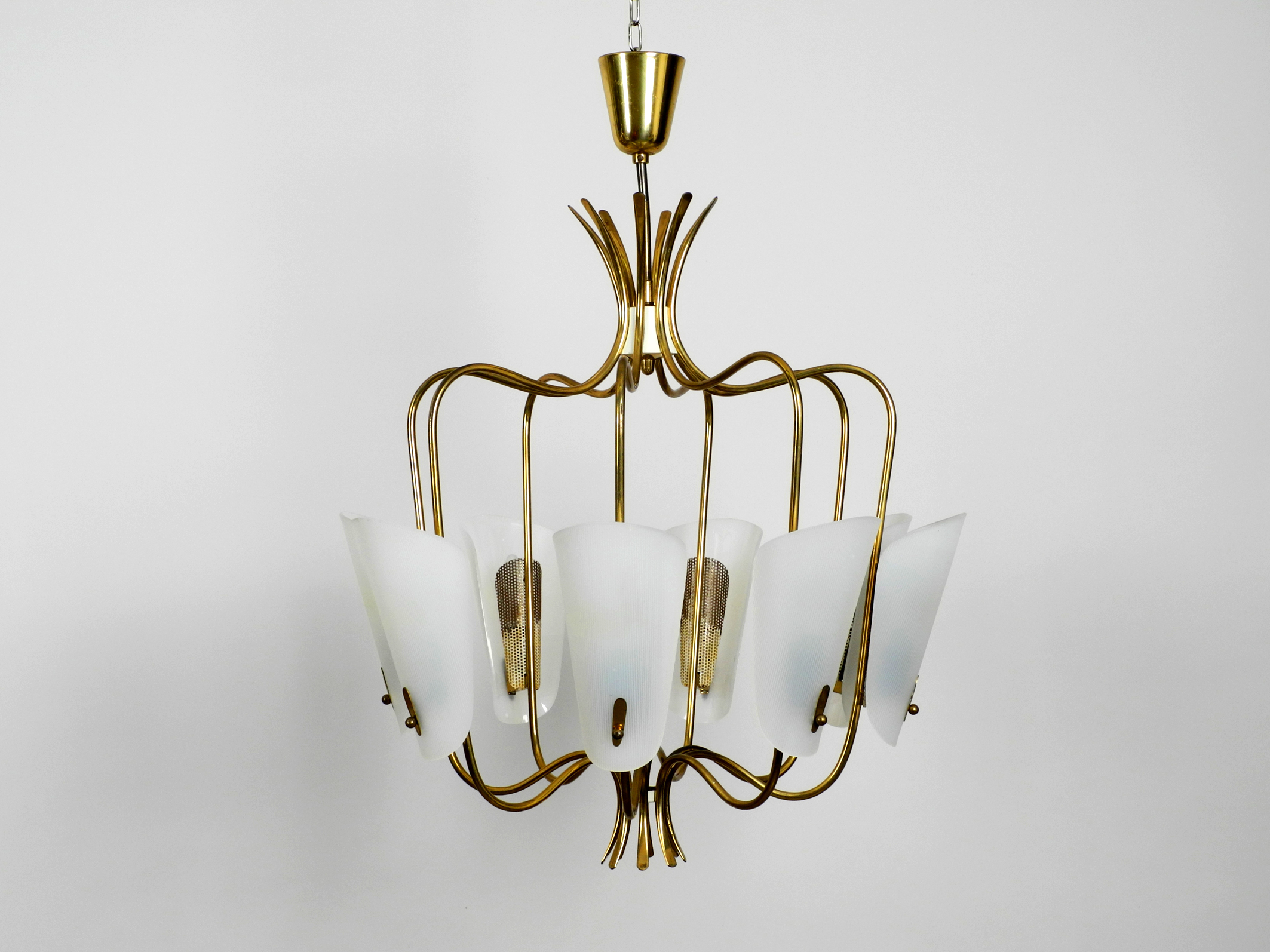 Gorgeous Large 8 Arm Mid Century Modern Brass Chandelier With Large Plexiglass Shades Vinterior