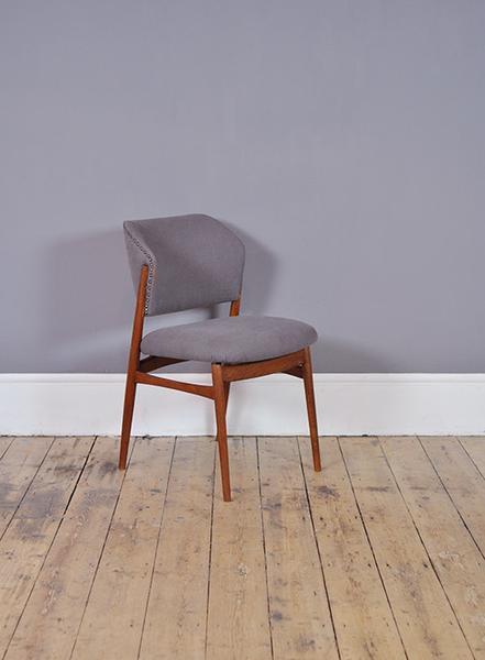 Blue Dutch Occasional Chair photo 1