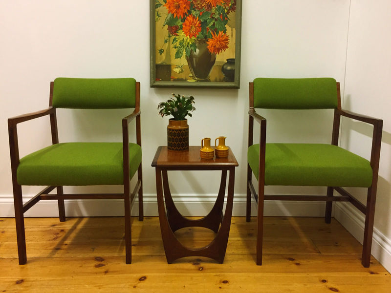 Set Of 4 Alfred Cox Mid Century Modern Dining Chairs (Includes 2 Carver Chairs)