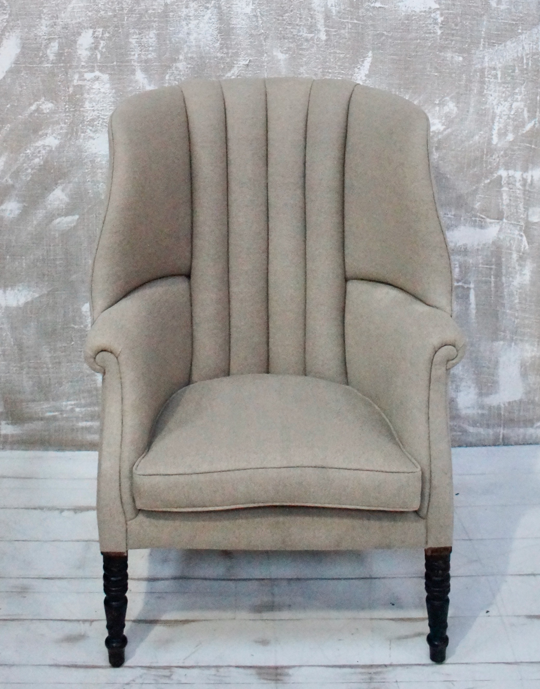 Picture of: English Georgian Barrel Backed Wing Chair Vinterior