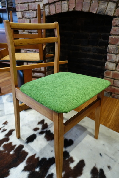 Re Upholstered Retro Vintage Mid Century Set Of 4 Dining Chairs 1960s 1970s
