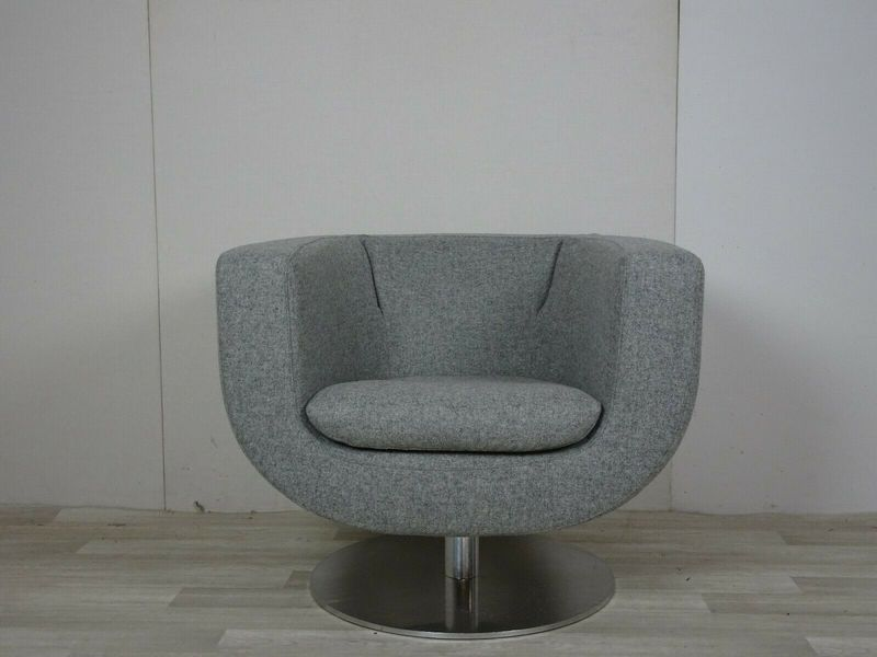 Immaculate Bb Italia Tulip Chair In Grey Wool