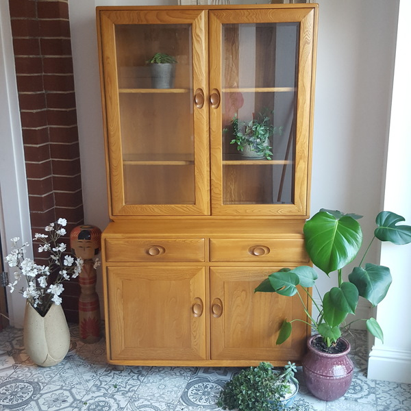 Vintage Ercol Blonde Glazed Dresser Cabinet With Drawers, Cupboard And Lights