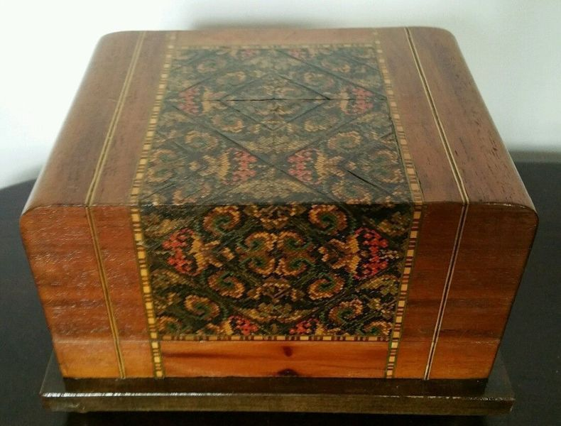 """Rare Art Deco Wood Inlay Musical 3 Tier Cigarette Box Playing """"O Sole Mio"""""""