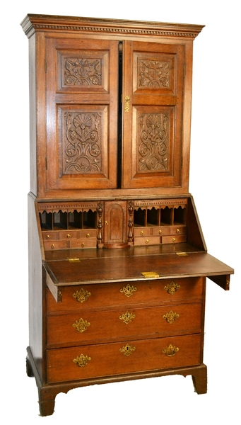 A Superb 18th Century Oak Bureau Bookcase Cabinet With Gothic Carved Detail