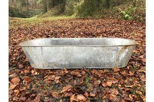 Thumb huge tin bath planter 0