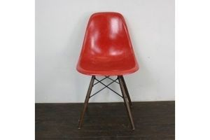 Thumb eames herman miller dsw side chair in red charles eames 0