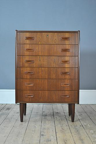 Quirky Chest Of Drawers With Tapered Legs photo 1