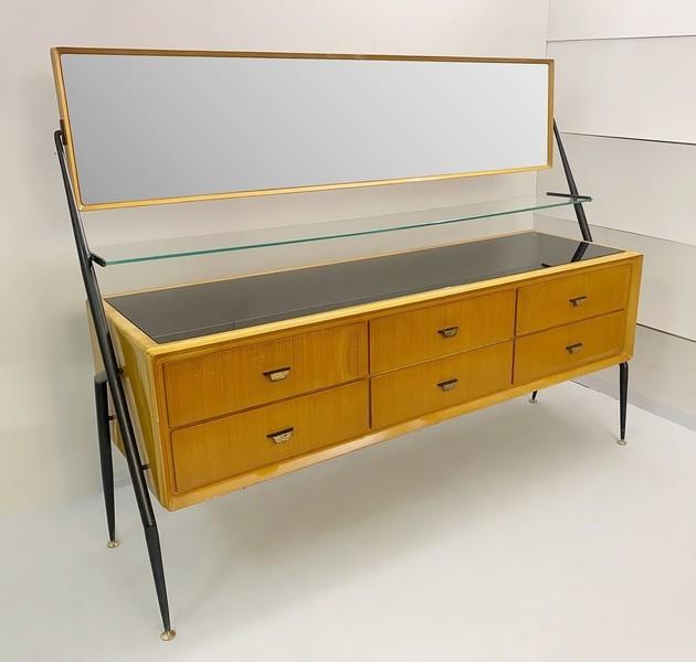 Mid Century Modern Dresser By Silvio Cavatorta Vinterior