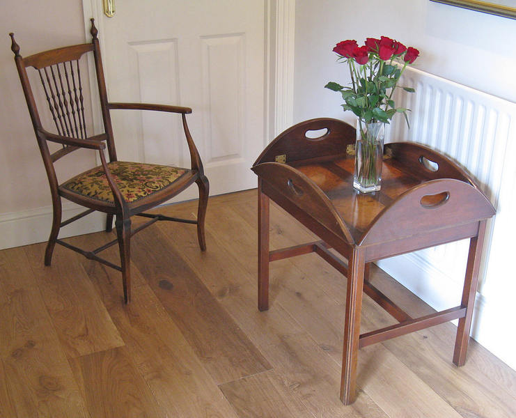 Mahogany & Burr Walnut Butler's Tray On Stand By Bevan Funnell