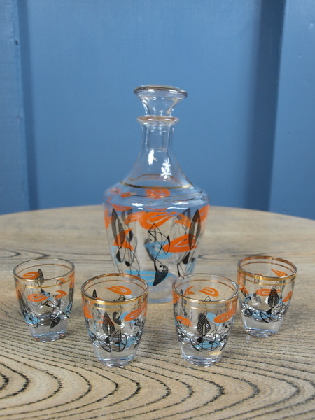 Mid Century Vintage French Atomic Decanter And Shot Glass Set