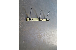 Thumb fifties golden coat rack with 3 black metal hooks 38af0ce9 7c37 4890 8883 53b0ac2144de 0