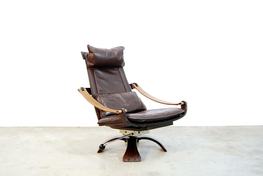 Mid Century Scandinavian Lounge Swivel Chair By åke Fribyter For Nelo, 1970s