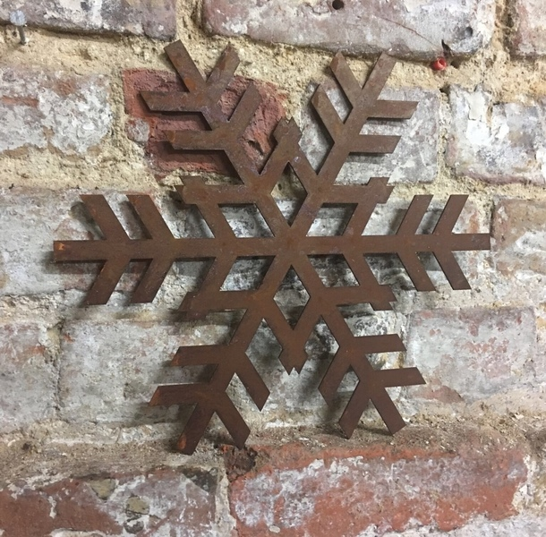 Rusty Snowflake Sign Metal Shop Home Christmas Decoration Ornament Winter Snow