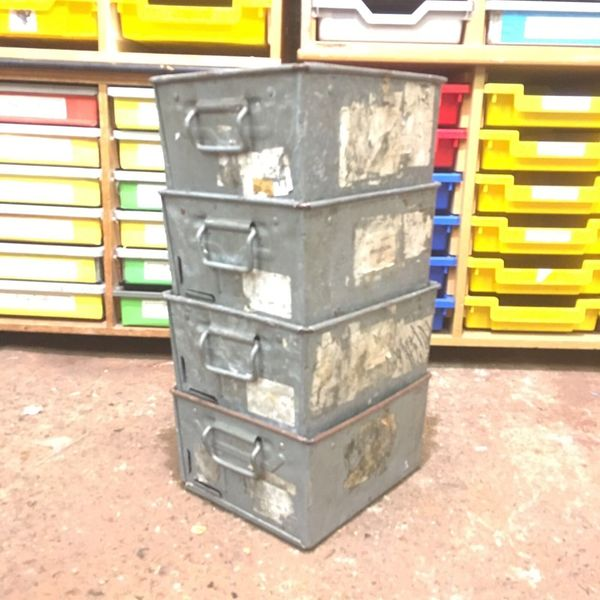 Set Of 4 Industrial Chic Metal Factory Vintage Bin Basket Storage Stacking Tins