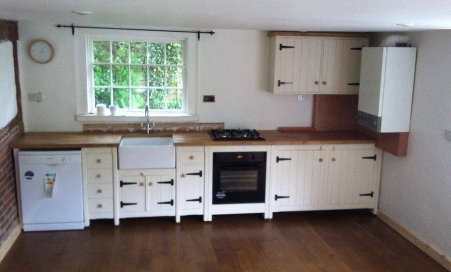 Solid Pine Freestanding Kitchen Belfast Butler Sink Long Run Set Up Oak Top