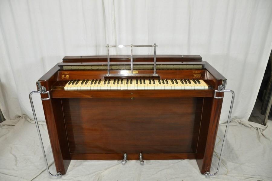 Piano Deco