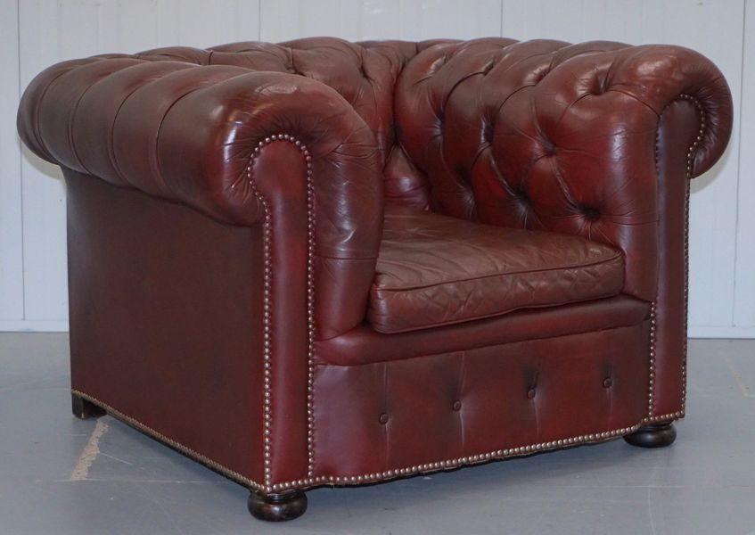 Restored Distressed Vintage Brown Leather Chesterfield Club Buttoned Armchair